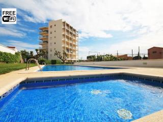 Nice holiday apartment by the beach for rent - L'Escala vacation rentals