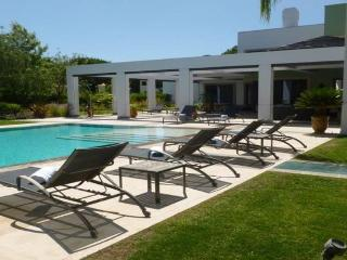 Sao Lourenco 25 - Quinta do Lago vacation rentals