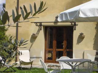 LA LICINA- Ginestra - - Spoleto vacation rentals
