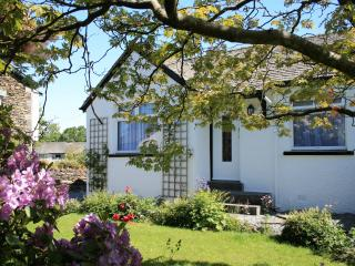 43 BOWNESS-ON-WINDERMERE. 4 STAR GOLD AWARD 2015 - Bowness-on-Windermere vacation rentals