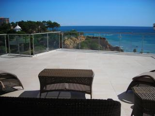 Luxury Penthouse Apartment - Olhos de Agua vacation rentals
