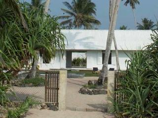 Olu Beach Villa, enchanting ocean front villa - Sri Lanka vacation rentals