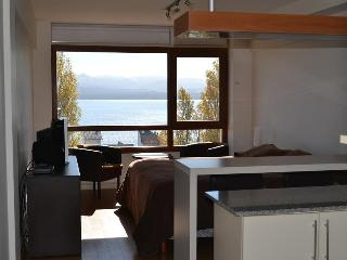Terrazas del lago I U con vista al Lago - San Carlos de Bariloche vacation rentals