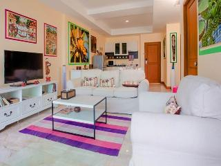 Stunning sea view 2 bedroom apartment with Jacuzzi - Rawai vacation rentals