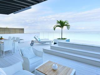 LCO2 Penthouse on Wolmar Beach - Flic En Flac vacation rentals