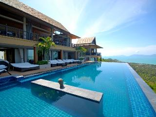 Baan Grand Vista 5 bed Villa with Private 25m pool - Choeng Mon vacation rentals