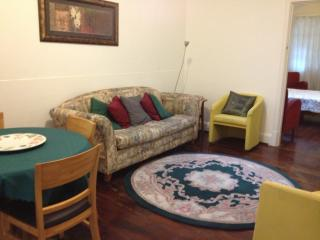 Salisbury Cottage 3: Charming in central Subiaco - Subiaco vacation rentals