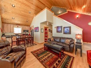 Cozy, New Cabin in Roslyn Ridge!  WiFi | Slps 7 | Summer Specials! - Ronald vacation rentals