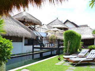 4 Bed 6 Bath Villa HUGE Pool SPECIAL!! - Seminyak vacation rentals