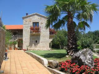 212 Luxury villa near beach in Combarro - Santa Uxia de Ribeira vacation rentals