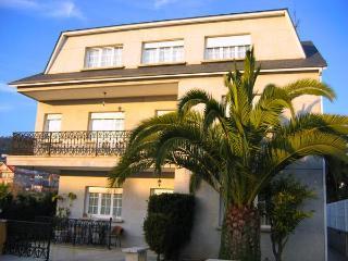210 - Large 8 Bedroom villa near Pontevedra - Galicia vacation rentals