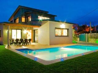 228 Modern villa near spectacular beach - Sanxenxo vacation rentals