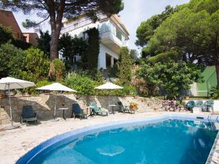 Beautiful sea views. Pool. Golf Course & Barcelona - Santa Maria De Palautordera vacation rentals