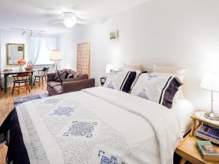 Studio in Williamsburg, Close to Manhattan - Brooklyn vacation rentals