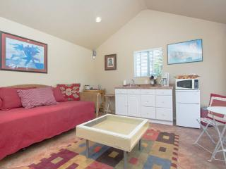 Guest House in Inglewood - Los Angeles vacation rentals