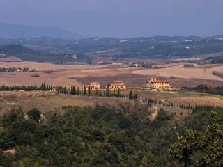 APPARTAMENTO BUONARROTI - Volterra vacation rentals