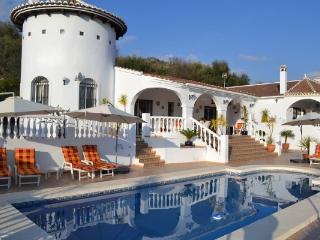 Villa Las Golondrinas in Mondrón Andalusia - Province of Malaga vacation rentals