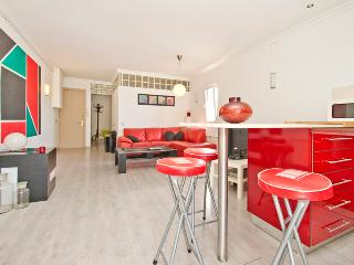 Cocoon apart. next to the beach & center - Barcelona vacation rentals