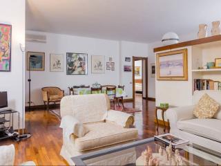 Arzaga, very convenient to reach Fiera Milano City - Milan vacation rentals