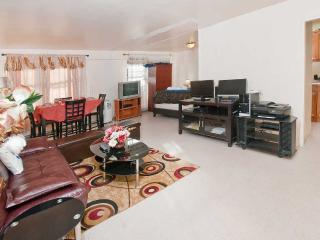 Beautiful 4 Bedroom - New York City vacation rentals