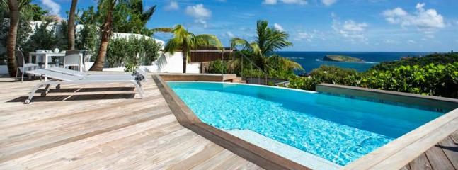 Villa Bonbonniere St. Barths Villa 98 You Will Be Charmed By This Very Private Villa, Its Atmosphere And View. - Pointe Milou vacation rentals