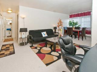 2 Gorgeous Bedroom With All Amenities - New York City vacation rentals