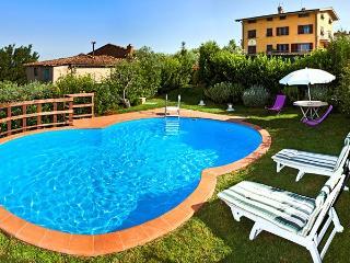 Veduta - Vitolini vacation rentals