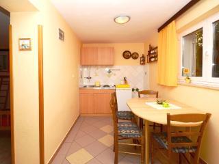 Apartments Milivoj - 61231-A1 - Vrbnik vacation rentals