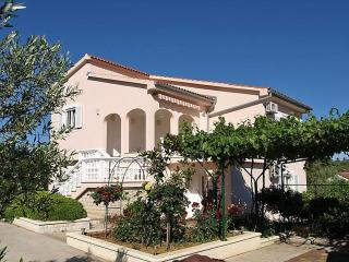 Island Ugljan apartment (Dalmatia Zadar region) - Island Ugljan vacation rentals