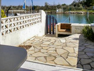 Stylish, 2-bedroom apartment in the Gard with sunny terrace, near beach and shops - Le Grau Du Roi vacation rentals