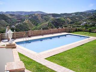 Striking apartment in Andalusia with magnificent shared pool - Frigiliana vacation rentals