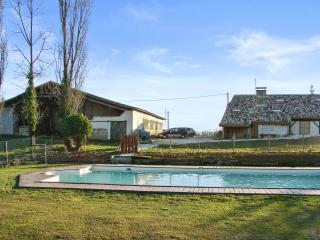 """Gîte Le Chai"" - 3 bedroom house in Lot-et-Garonne, Aquitaine, with garden and shared pool - Agnac vacation rentals"
