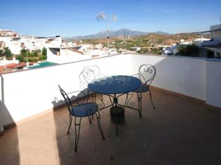 Casa Sierra - Divine Andalusian townhouse with terrace and mountain views, close to golf and beaches - Guaro vacation rentals