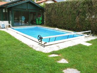 Fabulous house in Anglet, Pyrenees-Atlantiques, with pool – 2km from Biarritz beach & golf - Sames vacation rentals