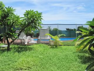 Studio apartment in Saint Leu, Reunion Island, with pool & landscaped gardens - 500m from the beach - Reunion Island vacation rentals