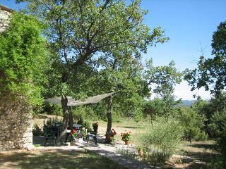 Le Cabanon des Chênes Blancs - Vacheres vacation rentals