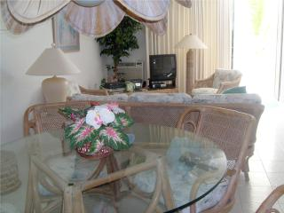 St. Thomas Two Bedroom Condo located Oceanfront - Saint Thomas vacation rentals