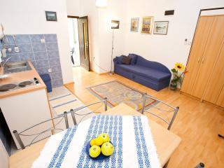 Apartments Oaza - Jadranovo vacation rentals