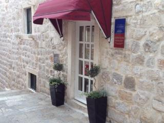 INTERLUDE MAUVE - Dubrovnik-Neretva County vacation rentals