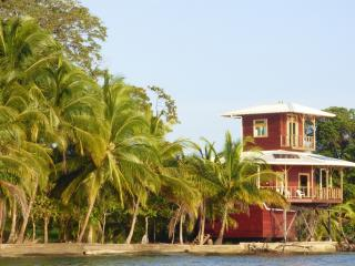 Mango House for snorkelling lovers! - Isla Colon vacation rentals