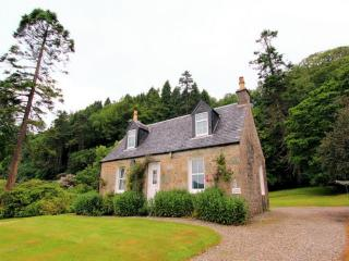 LOCHEAD COTTAGE, Ellary, Lochgilphead, Argyll, Scotland - Lochgilphead vacation rentals