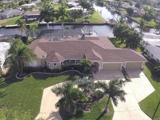 Amazing 4 bedroom waterfront home, with pool - Florida South Central Gulf Coast vacation rentals