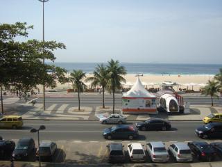 BEAUTIFUL STUDIO AT COPACABANA OCEAN VIEW - Rio de Janeiro vacation rentals