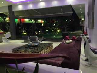 3BR - AMAIZING VILLA @SEMINYAK - Sanur vacation rentals