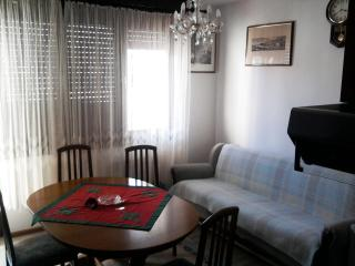 Apartments Zoki in Split for 4pax with WiFi - Split vacation rentals