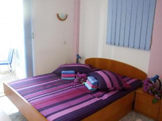 Apartment Ivana 4 (2+2) with AC and 20m from the sea - Klek vacation rentals