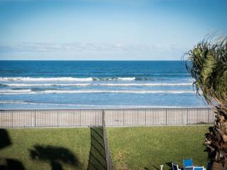 WOW! 3/2 Oceanfront Horizons 2nd floor - Daytona Beach vacation rentals