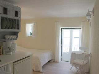 Studio for two - Pantheon/Alfama - Lisbon vacation rentals