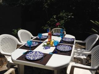 Cannes 3 Bedrooms Flat  WiFi, 15 min to the Pal - Cote d'Azur- French Riviera vacation rentals