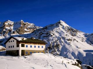 Rifugio Roberto Bignami - Chiesa In Valmalenco vacation rentals